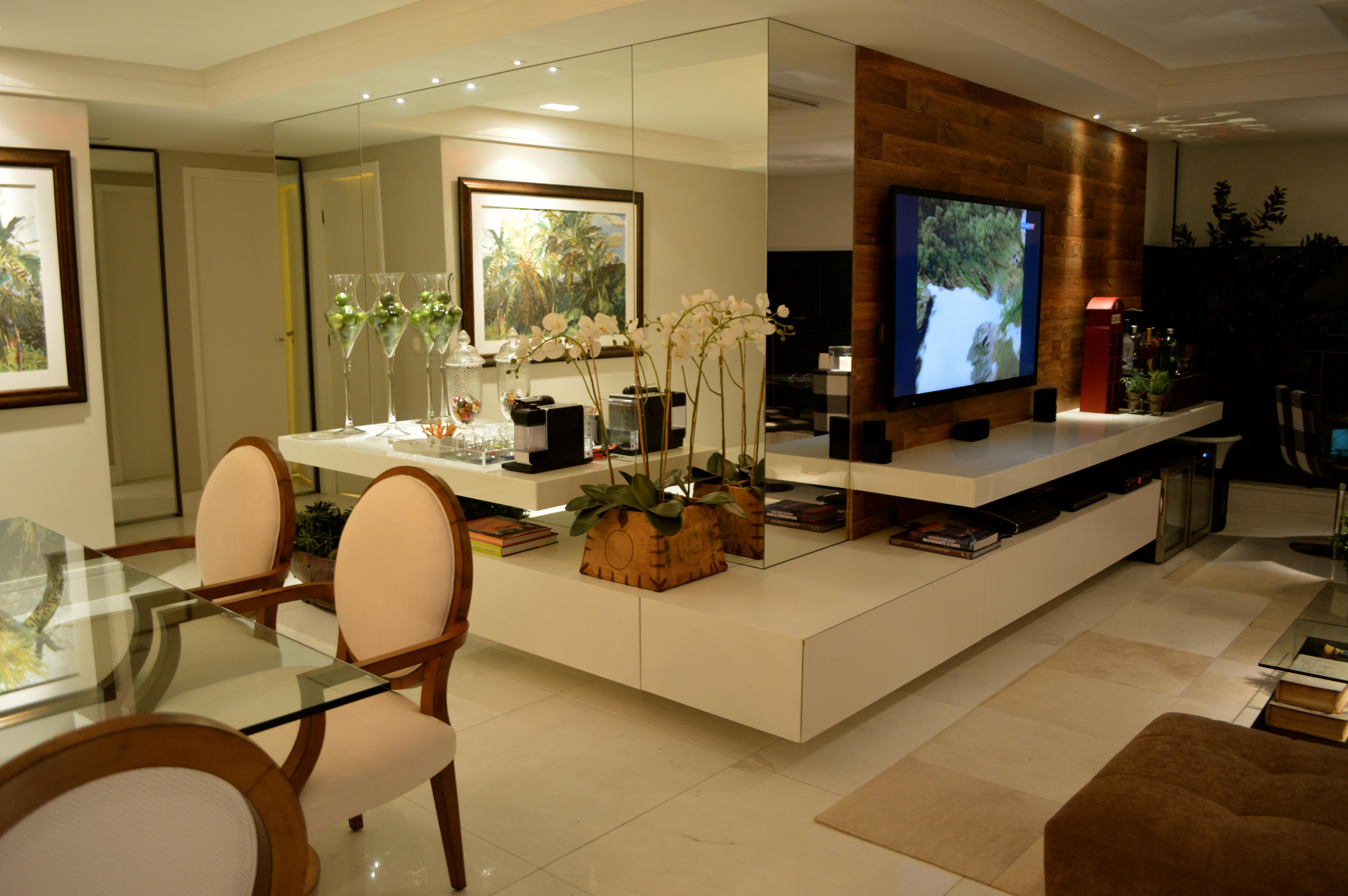 Banco Dois Lugares Sala De Jantar ~ Um grande banco contínuo integra a mesa de jantar com a sala e neste