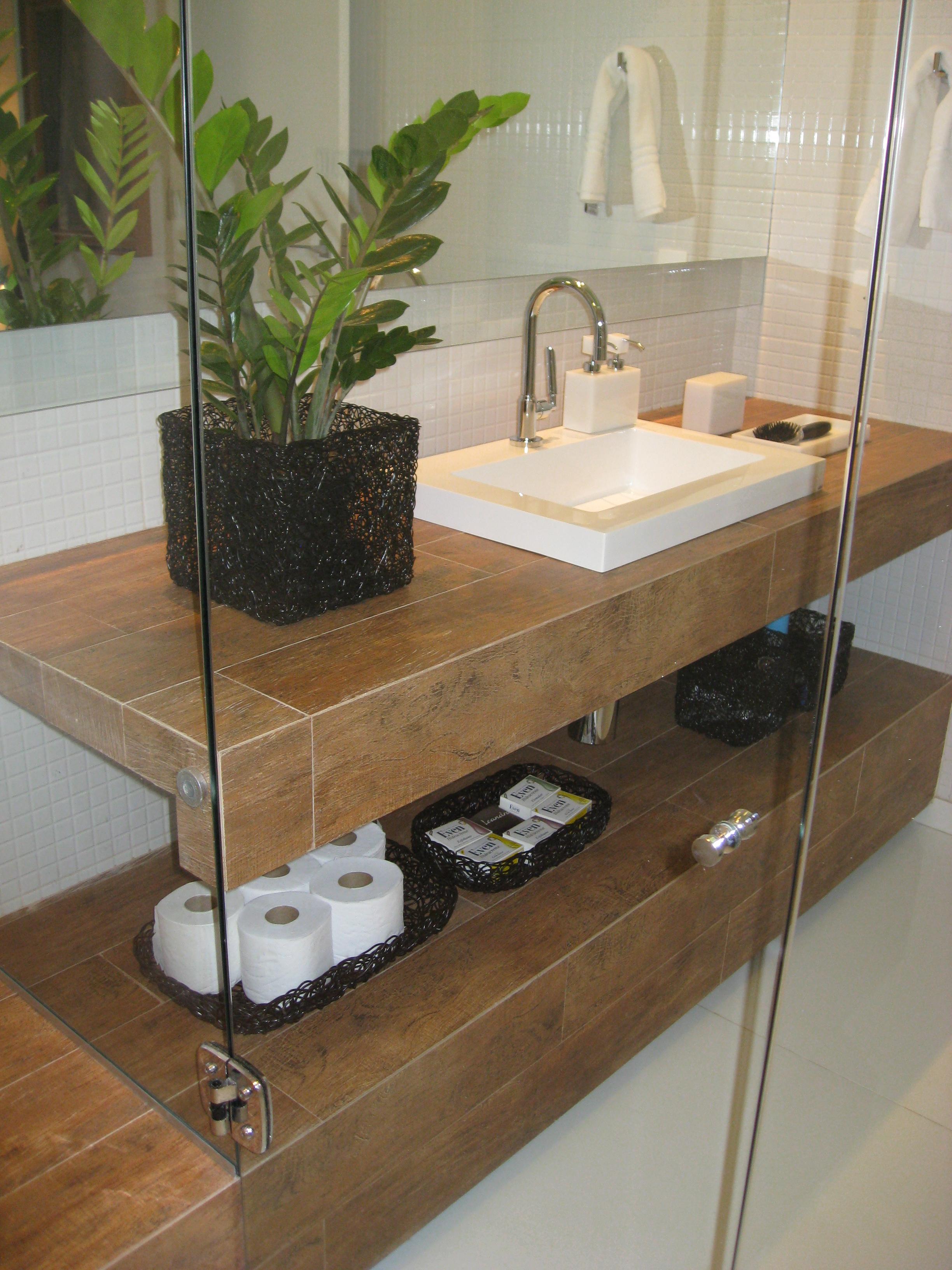 seja na decoração ou na concepção do projeto estes banheiros  #4E5F28 2448 3264